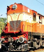 सौ रुपए में उपलब्ध होती हैं रेल चिकित्सक की सेवाएं