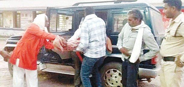 दमोह में कॉलेज की छात्रा ने खुद को मार ली गोली