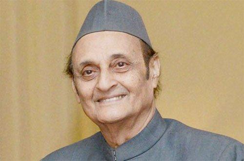 राहुल को मनाने में न हो समय बर्बाद, जल्द हो सीडब्ल्यूसी की बैठक: कर्ण
