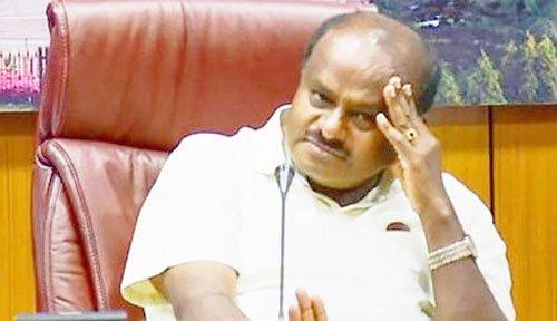 कर्नाटक: जेडीएस के सभी मंत्रियों का इस्तीफा, कैबिनेट में फेरबदल जल्द