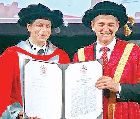 शाहरुख खान को मिली डॉक्टरेट की उपाधि