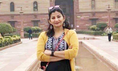 पाकिस्तानी कर रहे थे तिरंगे का अपमान, पत्रकार ने छीना