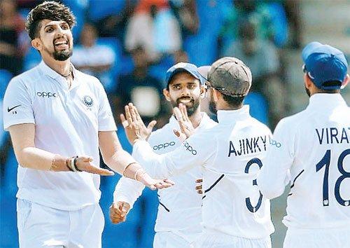 इशांत के रौद्र रूप से दहला विंडीज, 189 गवाएं 8 विकेट