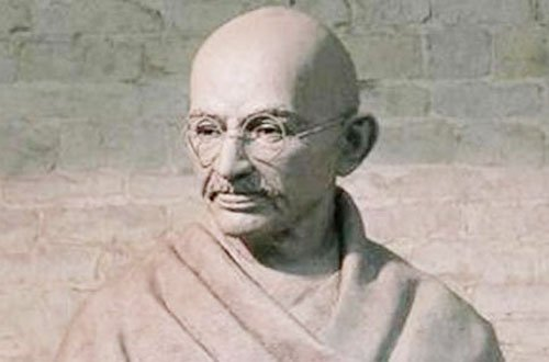 मैनचेस्टर में लगेगी महात्मा गांधी की 9 फुट ऊंची कांस्य की प्रतिमा