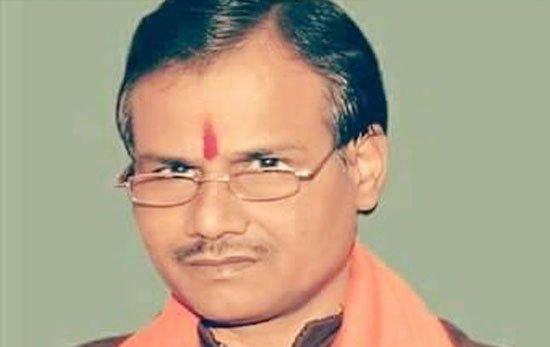 यूपी में हिंदू समाज पार्टी के नेता कमलेश की घर में घुसकर हत्या