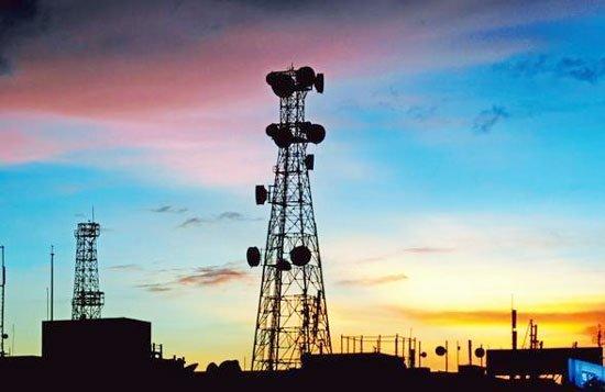 गंभीर वित्तीय संकट से लगातार जूझ रही हैं दूरसंचार कंपनियां