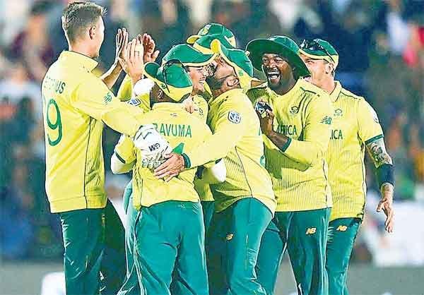 इंग्लैंड पर दक्षिण अफ्रीका की रोमांचक जीत