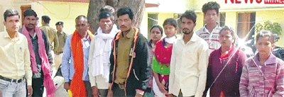 ज्यादा मजदूरी का प्रलोभन देकर 30 मजदूरों को तमिलनाडु में बनाया बंधक